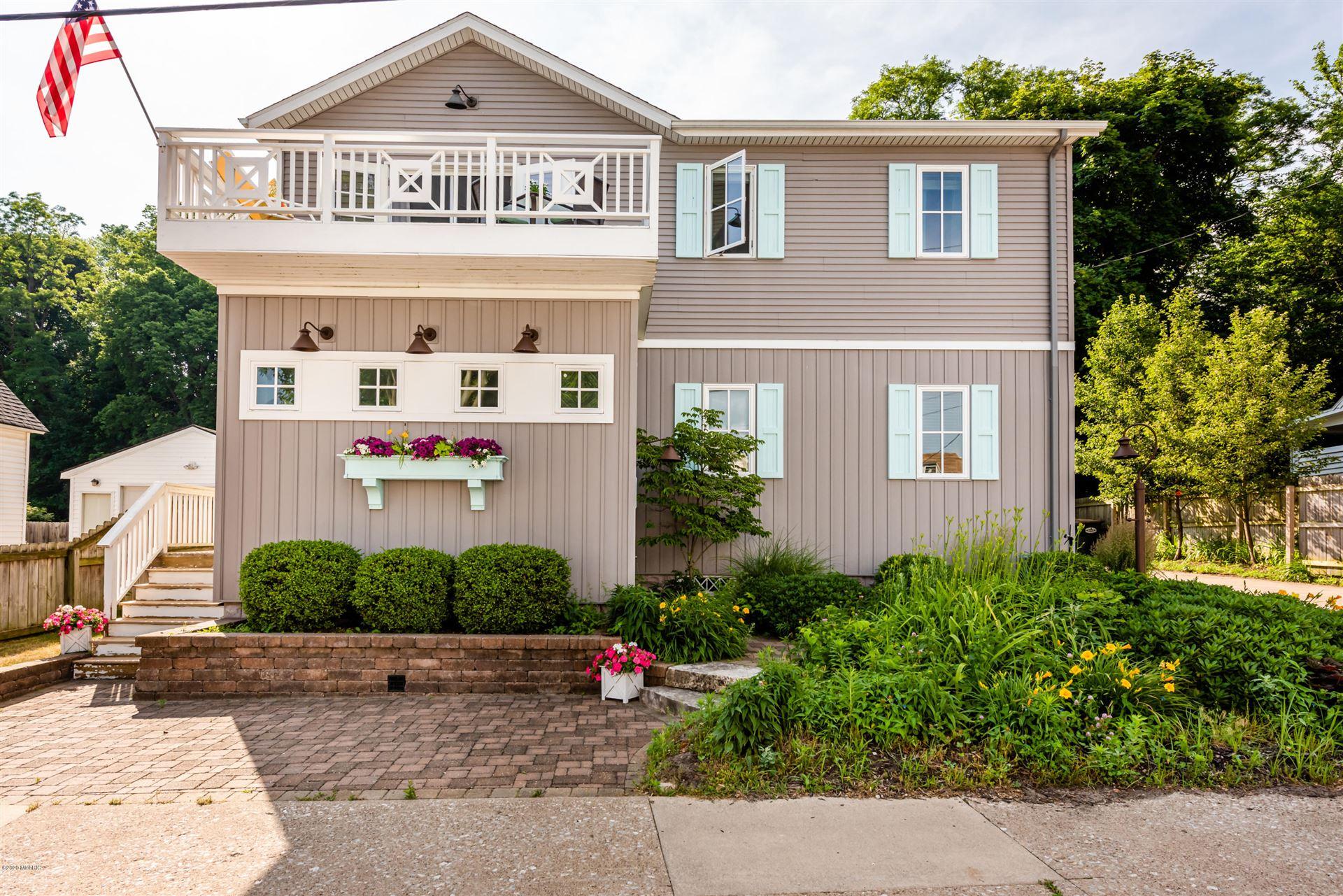 724 Vine Street, Saint Joseph, MI 49085 - MLS#: 20023556