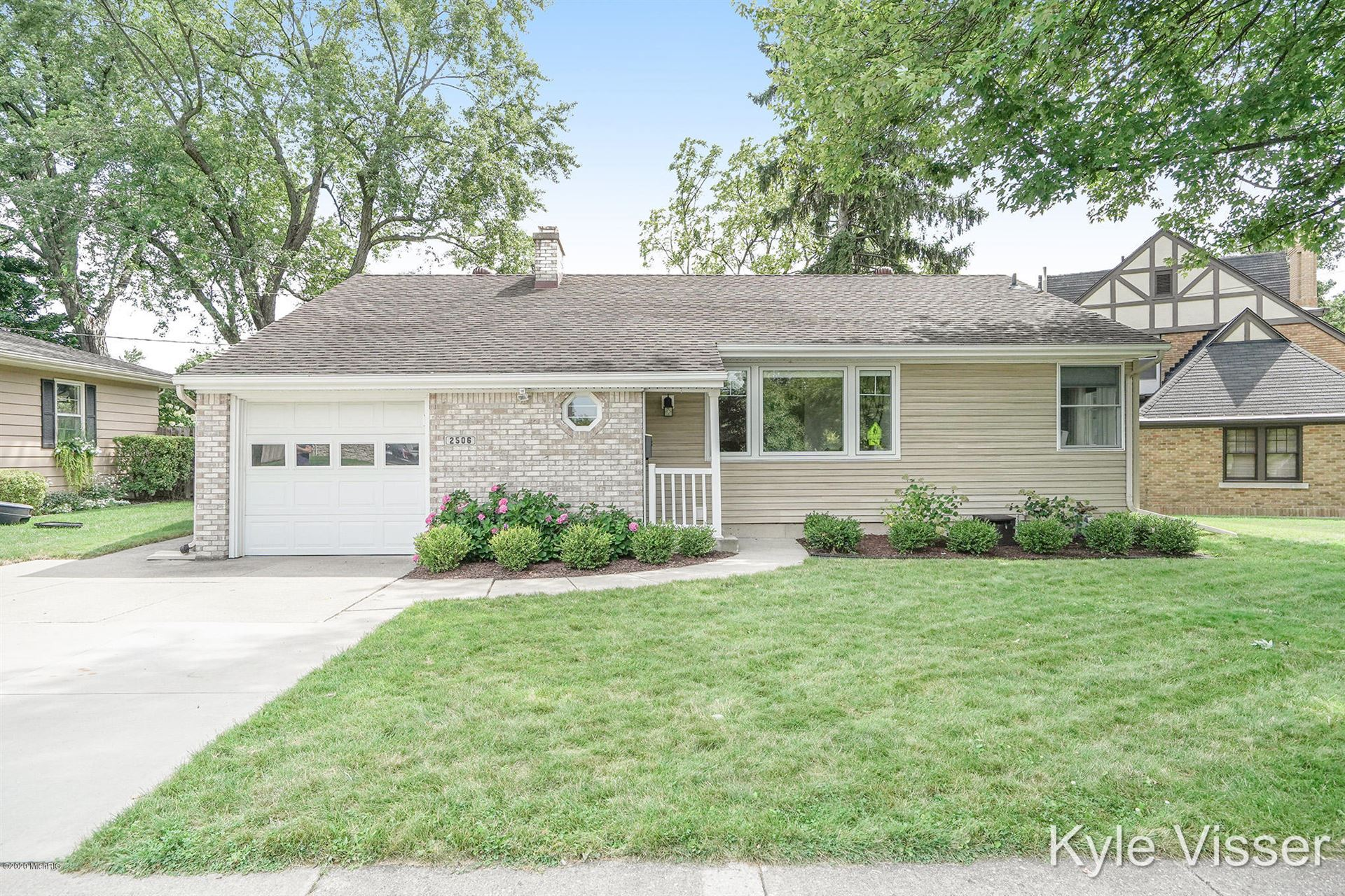 Photo of 2506 Berwyck Road SE, East Grand Rapids, MI 49506 (MLS # 20031559)
