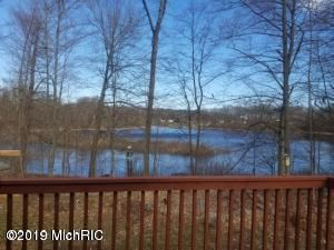 Photo of 6310 Woods Trail Dr, Delton, MI 49046 (MLS # 19032565)