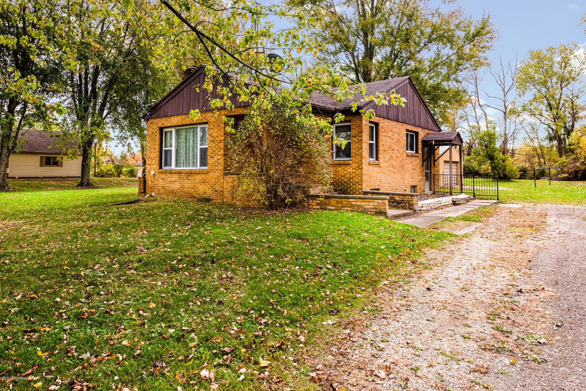2266 Meadowbrook Road, Benton Harbor, MI 49022 - MLS#: 20044566