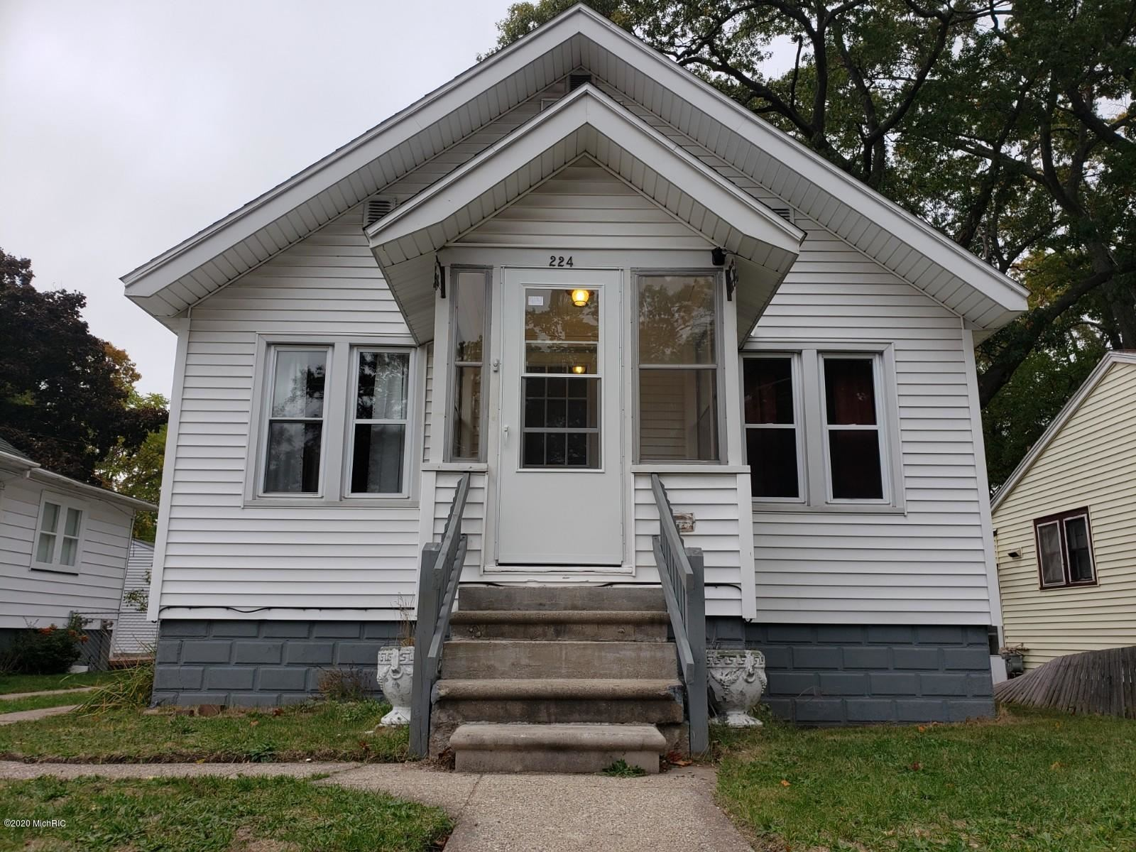 224 E Lincoln Avenue, Muskegon Heights, MI 49444 - MLS#: 20043577