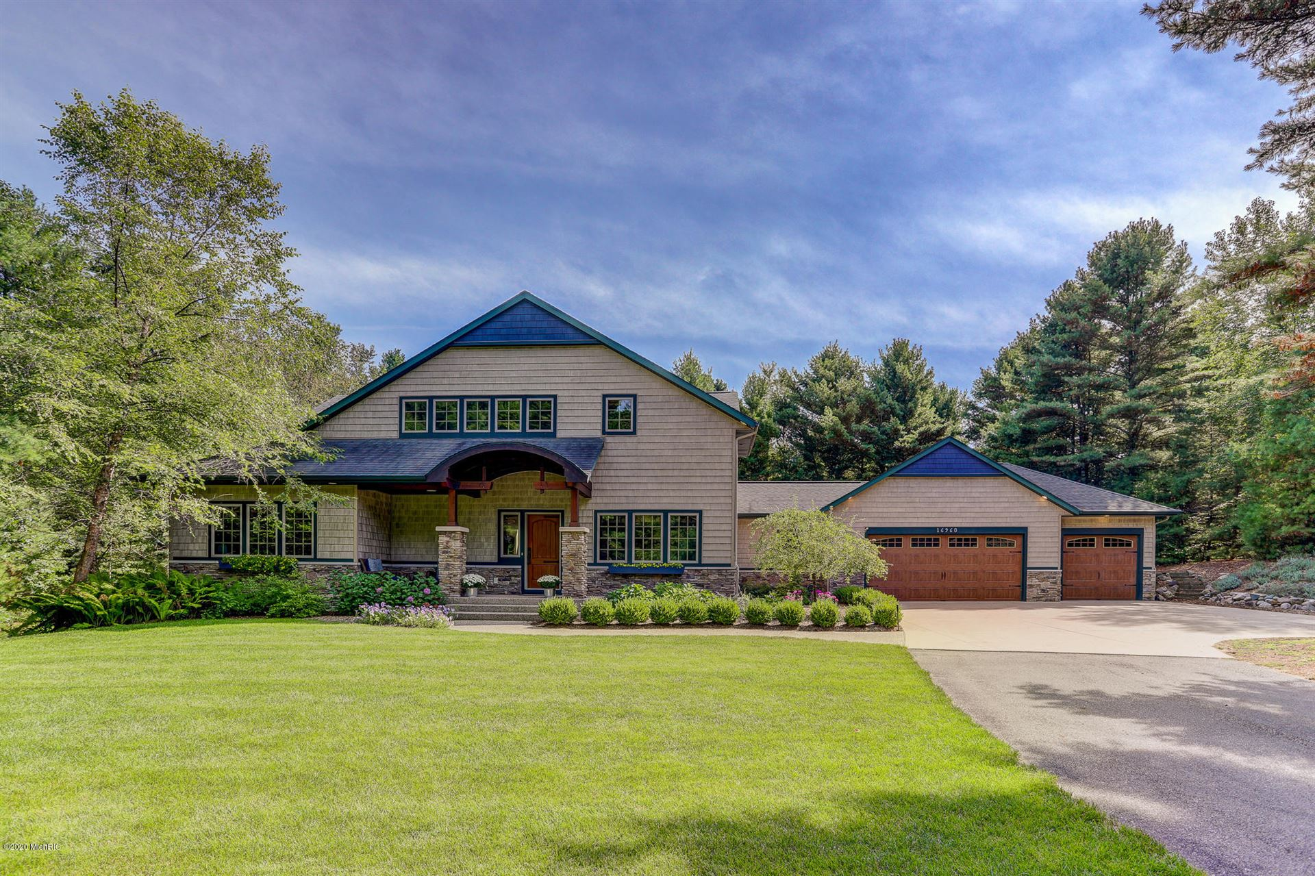 Photo of 16960 Eagle Lake Drive, Holland, MI 49424 (MLS # 20036582)