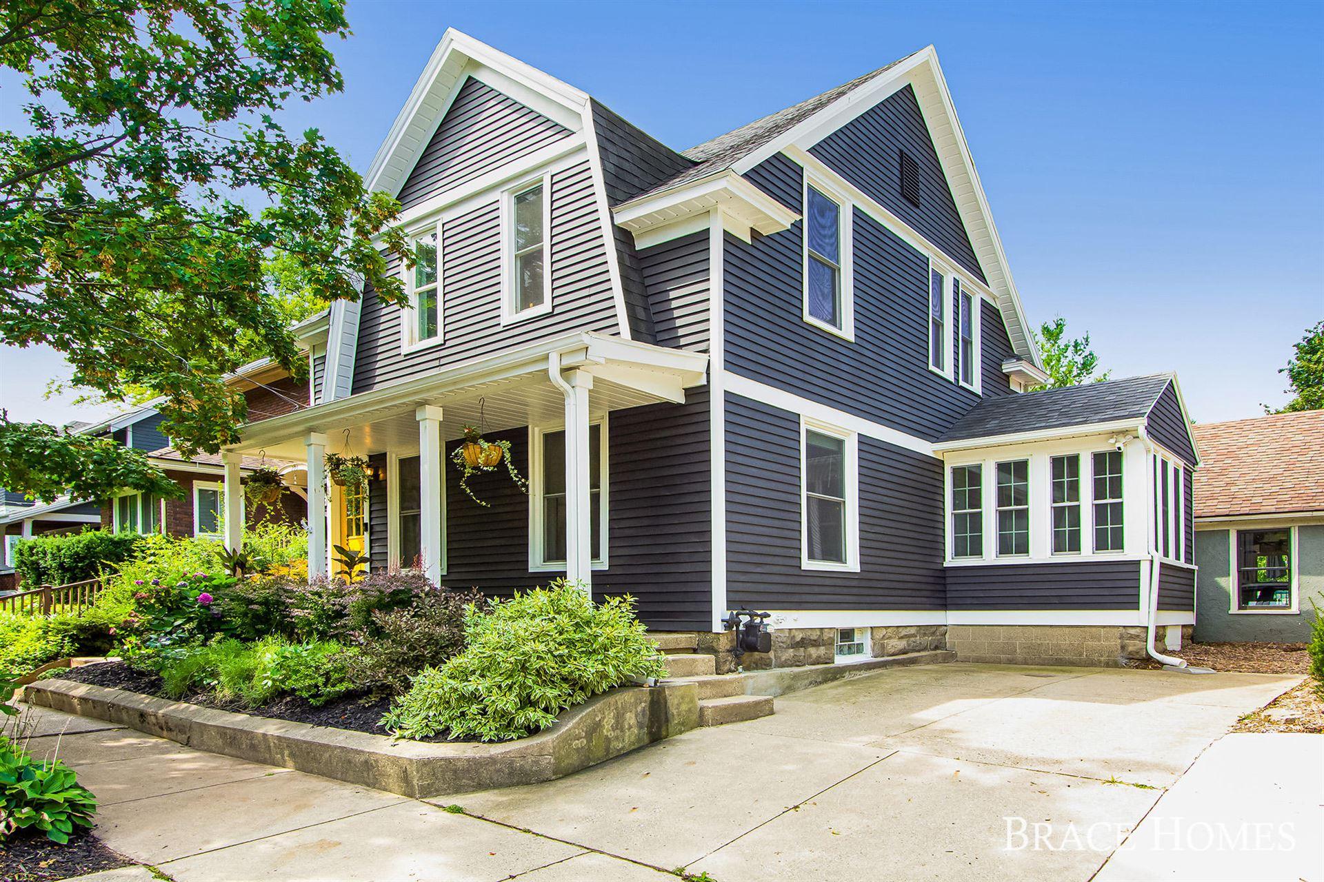 293 Rosewood Avenue SE, East Grand Rapids, MI 49506 - MLS#: 21100584