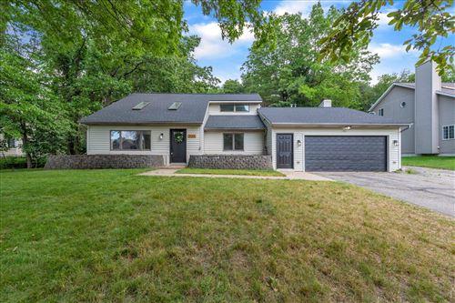 Photo of 3136 Thorncrest Drive SE, Grand Rapids, MI 49546 (MLS # 21022588)