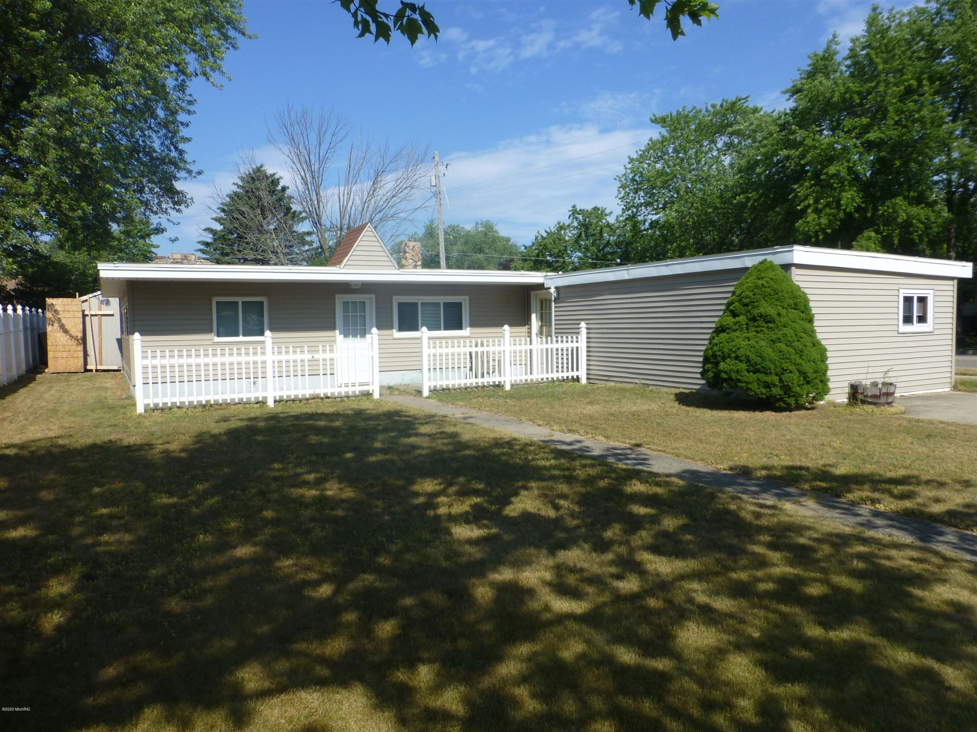 510 E Tinkham Ave., Ludington, MI 49431 - MLS#: 20026599