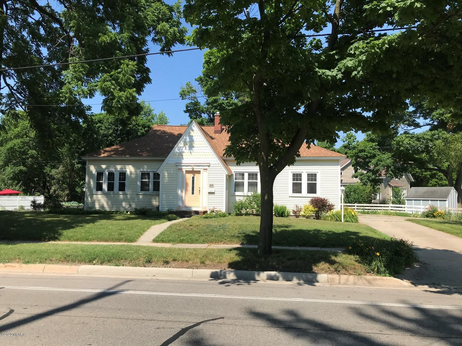 Photo of 553 State Street, Holland, MI 49423 (MLS # 20025600)