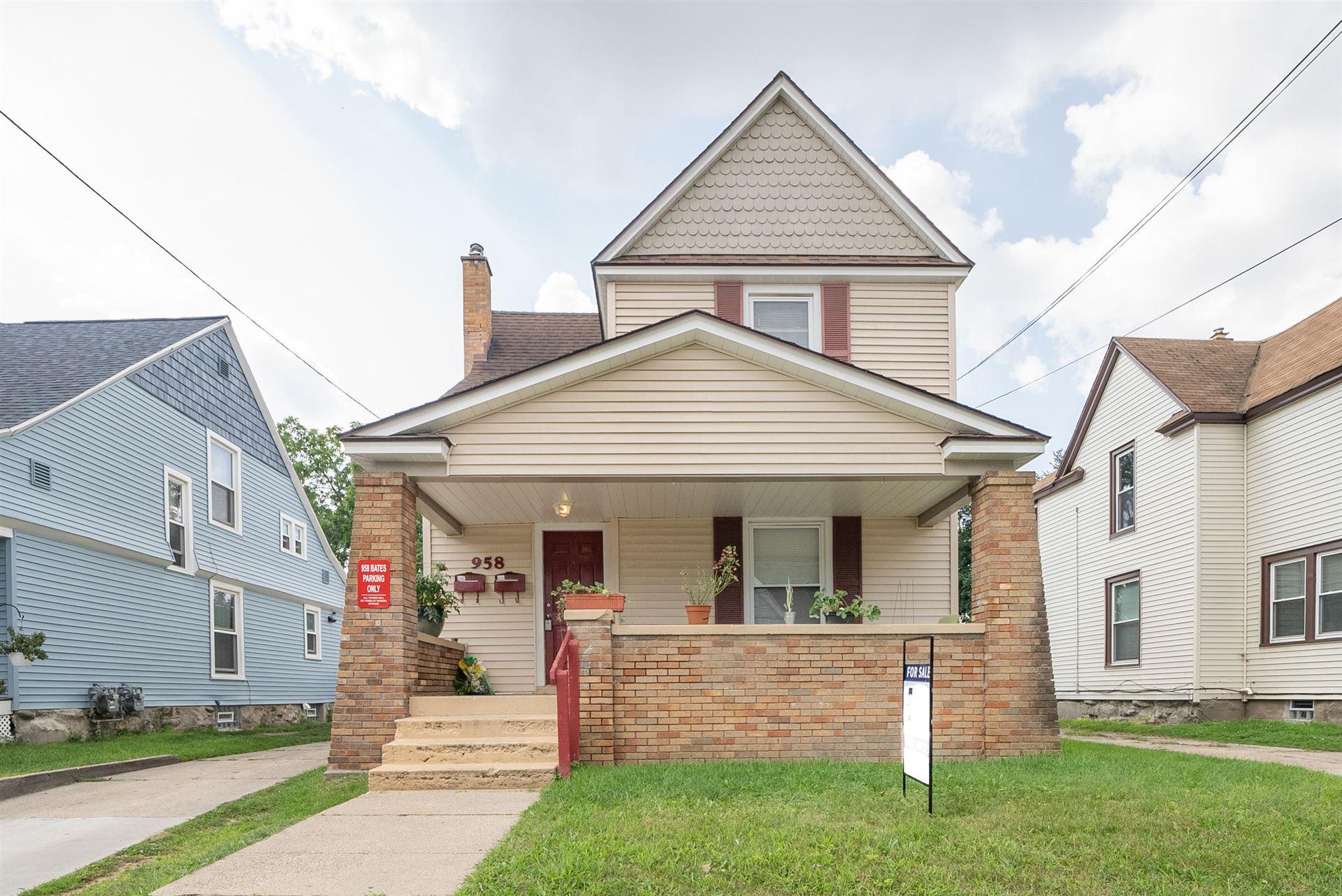 958 Bates Street SE, Grand Rapids, MI 49505 - MLS#: 21101604