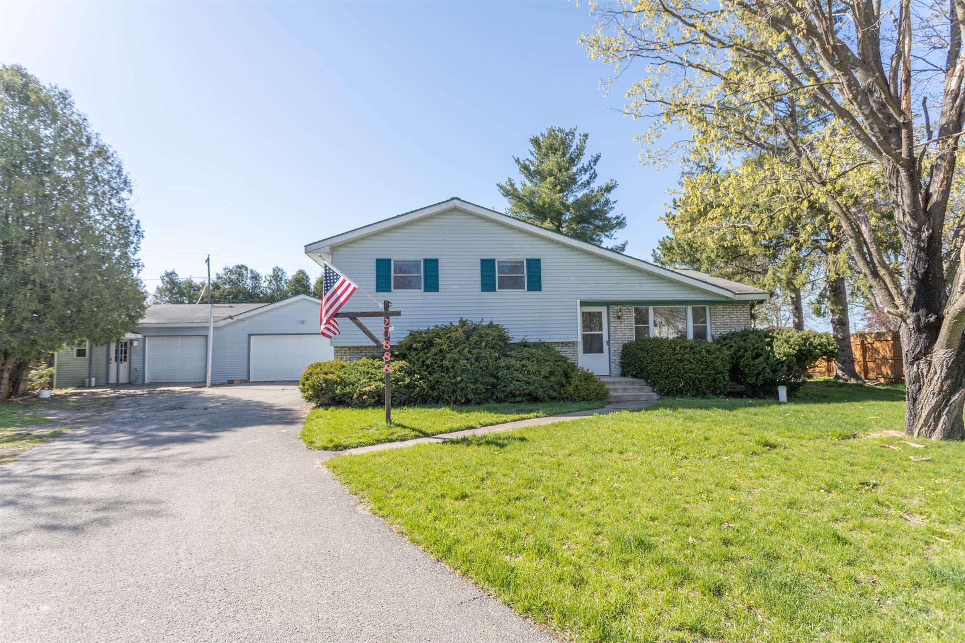 20888 Emerald Lane, Big Rapids, MI 49307 - MLS#: 21011608