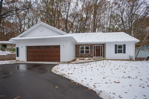Photo of 137 S Lake Doster Drive, Plainwell, MI 49080 (MLS # 19055612)