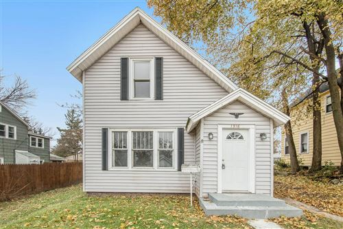 Photo of 1516 Cole Avenue NE, Grand Rapids, MI 49505 (MLS # 19055615)