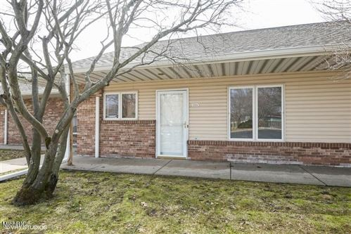 Photo of 5514 Ivy Drive, Stevensville, MI 49127 (MLS # 21007618)