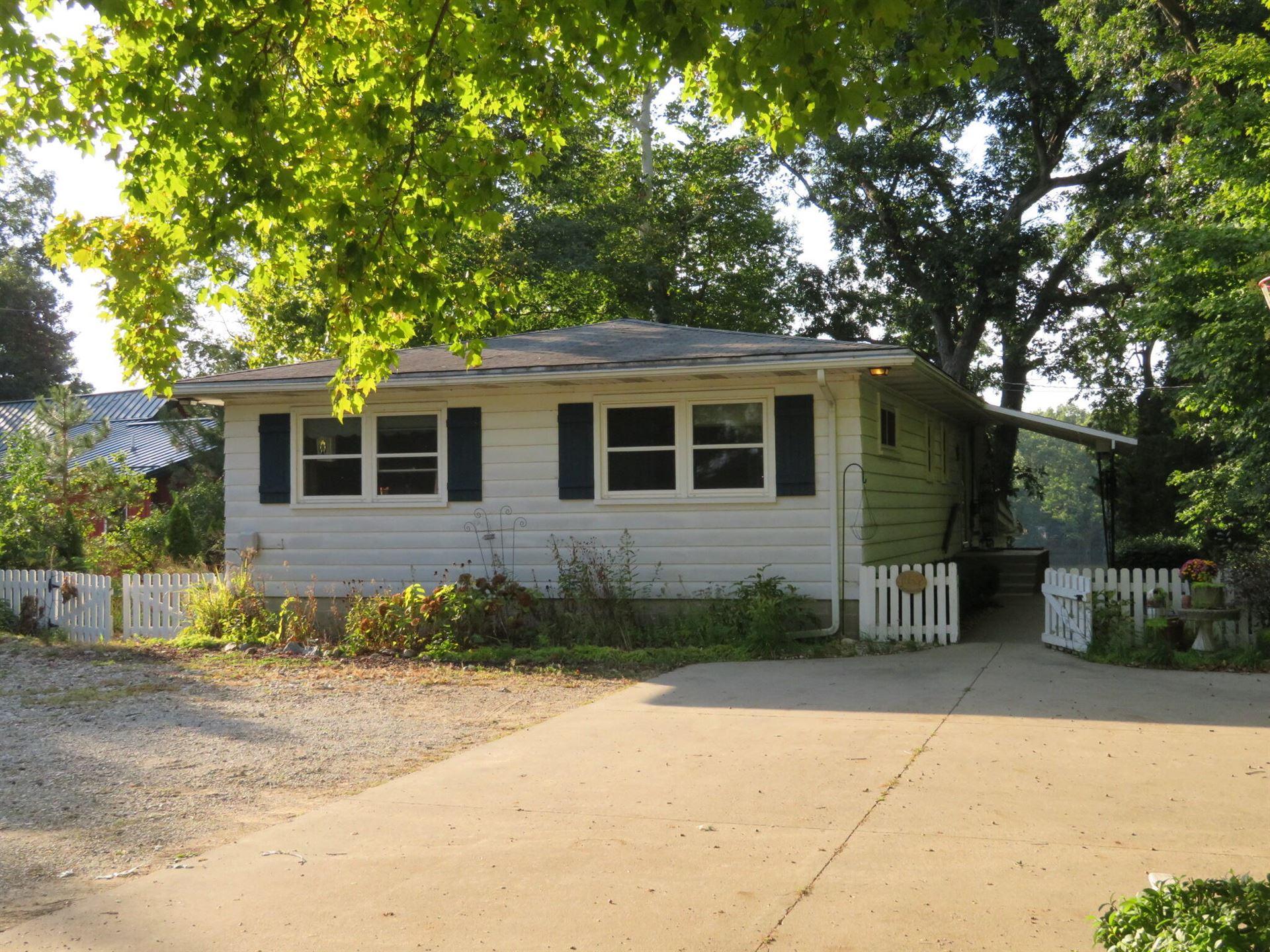 12062 Riverside Drive, White Pigeon, MI 49099 - MLS#: 21105620