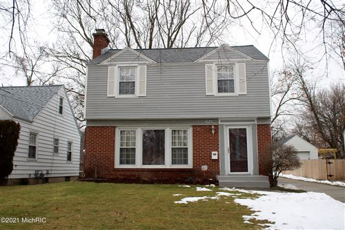 Photo of 1035 Edna Street SE, Grand Rapids, MI 49507 (MLS # 21001624)
