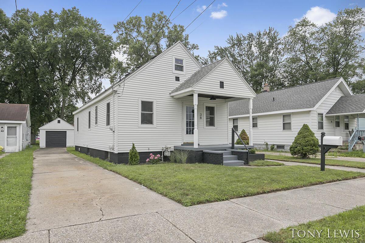 38 Janet Street SE, Wyoming, MI 49548 - MLS#: 21097629