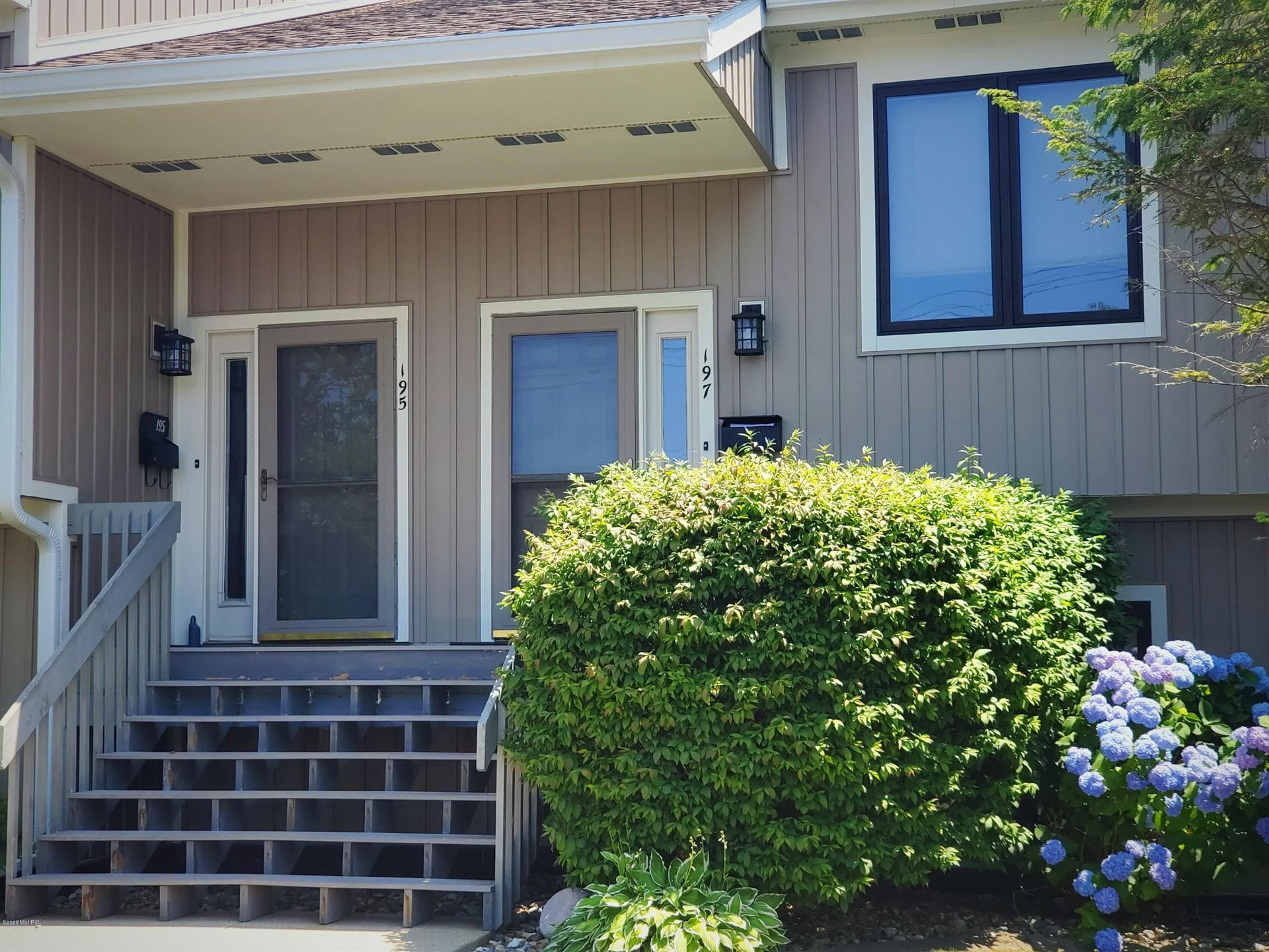195 Wayne Street, Saint Joseph, MI 49085 - MLS#: 20025630