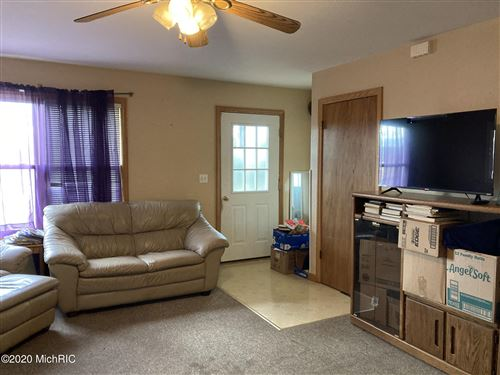 Photo of 913 Indiana Avenue, South Haven, MI 49090 (MLS # 20050637)