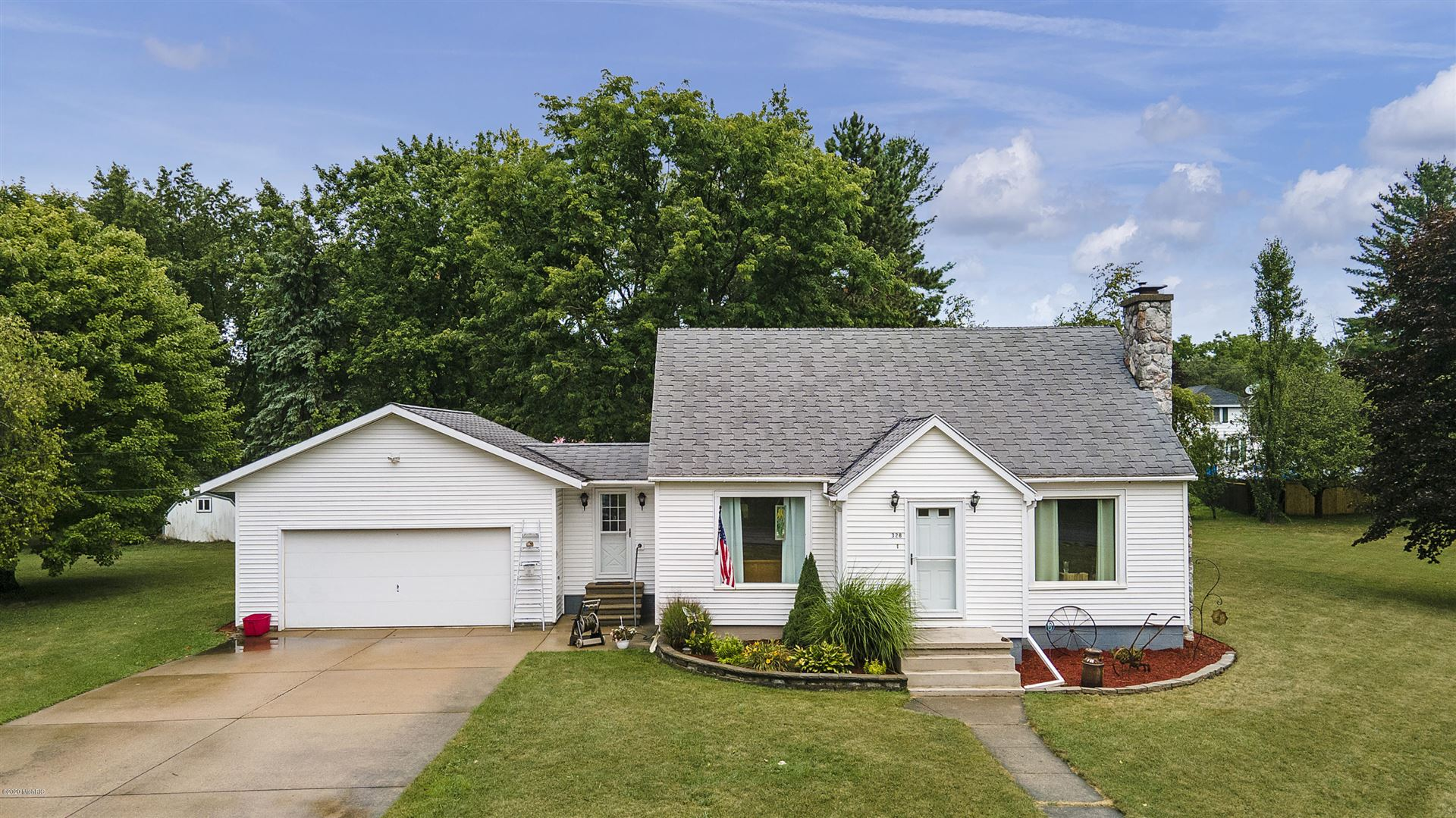 328 W Church Avenue, Reed City, MI 49677 - MLS#: 20035646