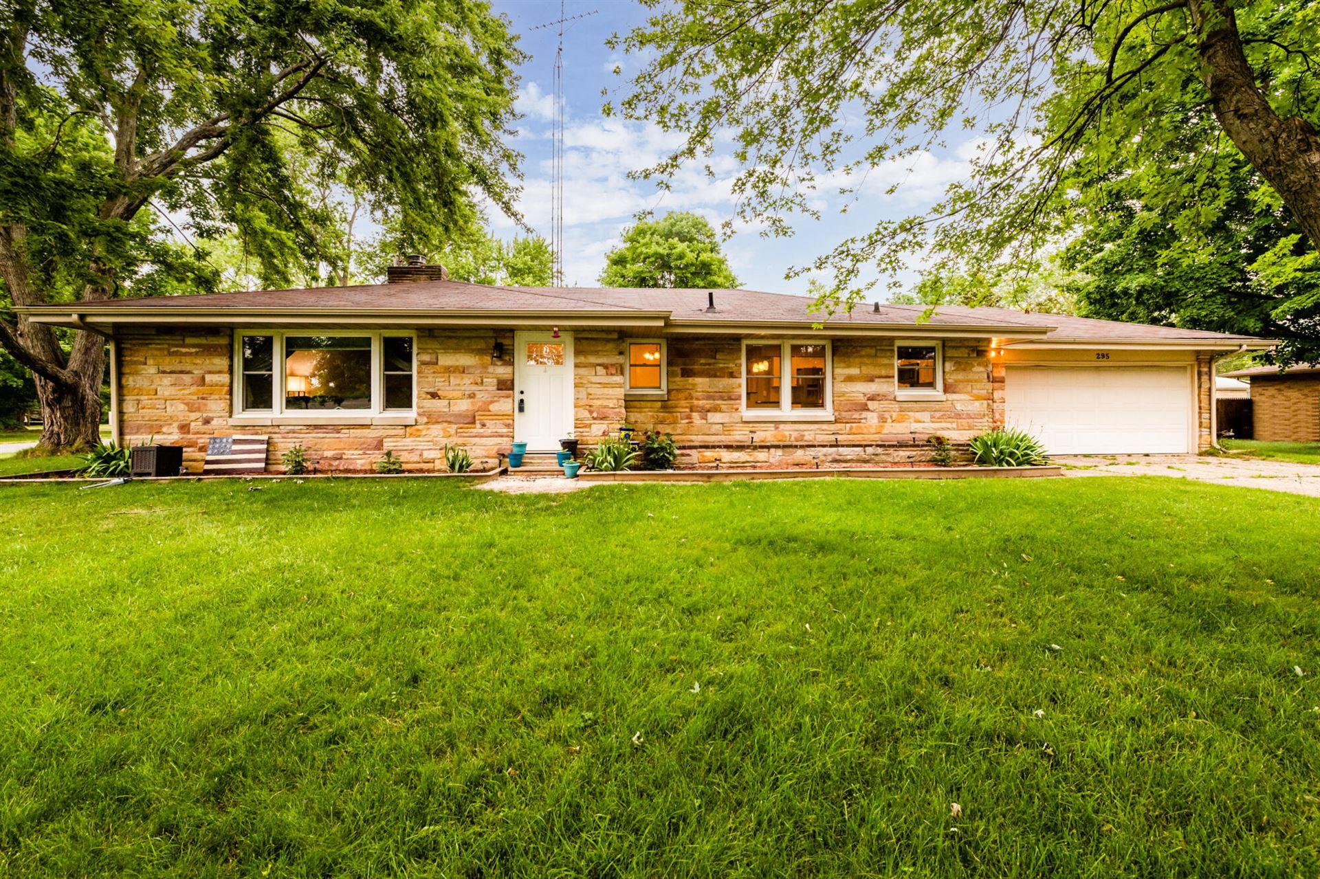 295 Jamesway, Benton Harbor, MI 49022 - MLS#: 21024656