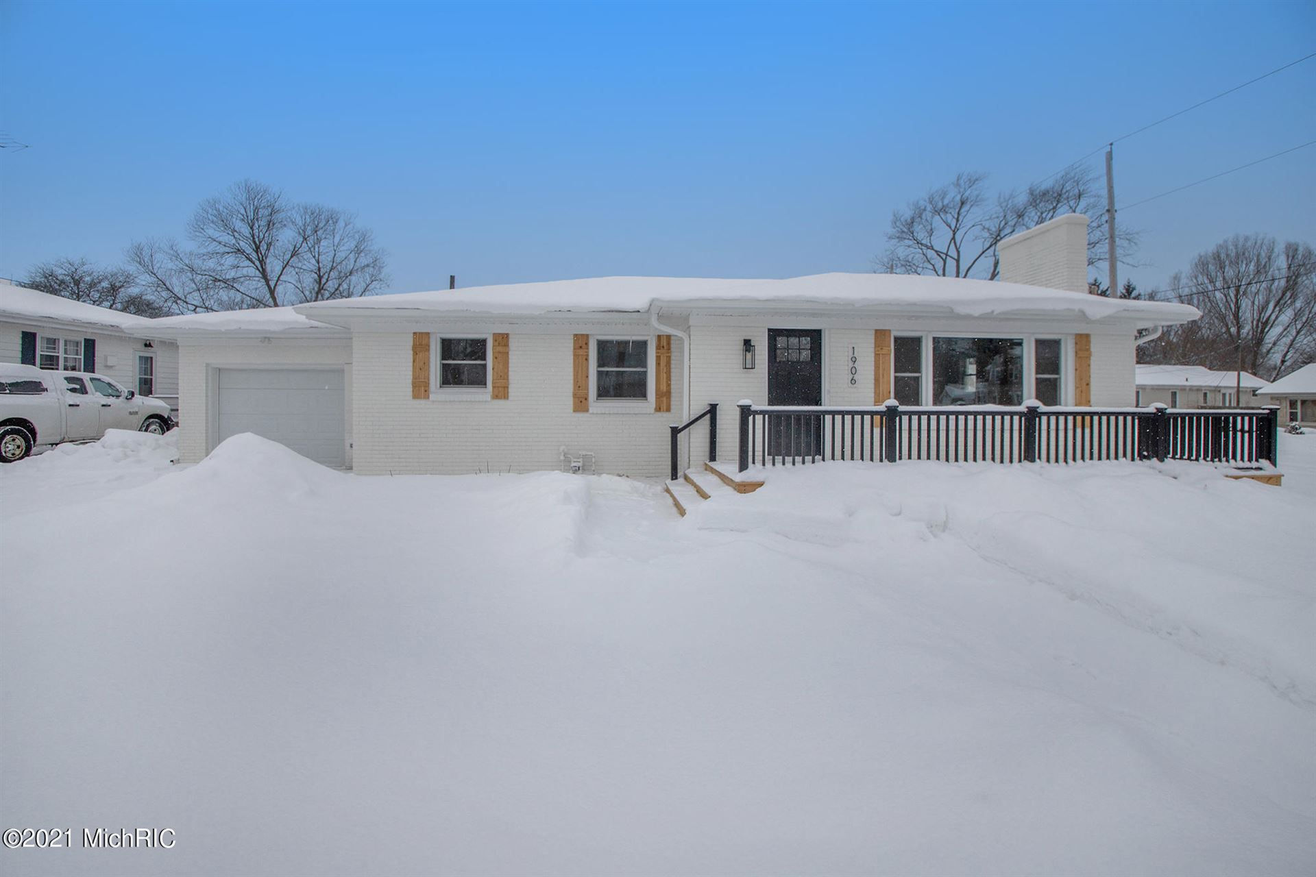 1906 Langley Avenue, Saint Joseph, MI 49085 - MLS#: 21004657