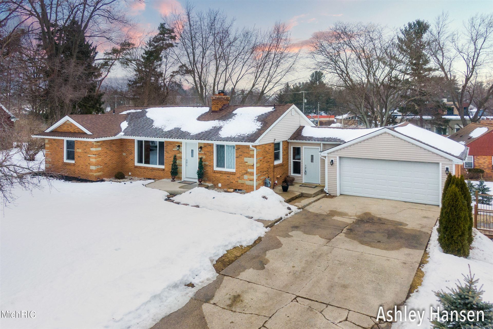 4751 Cutter Parkway Parkway SE, Grand Rapids, MI 49546 - MLS#: 21005683
