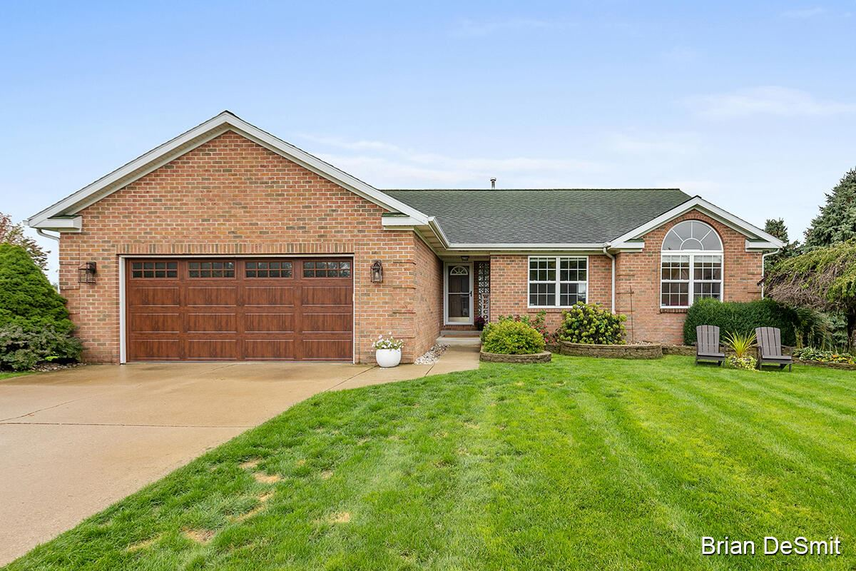 Photo of 5870 Terrace Ridge Drive NE, Rockford, MI 49341 (MLS # 21109683)