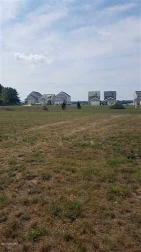 Photo of 322 Terrace Point Circle #Site 59, Muskegon, MI 49440 (MLS # 18036688)