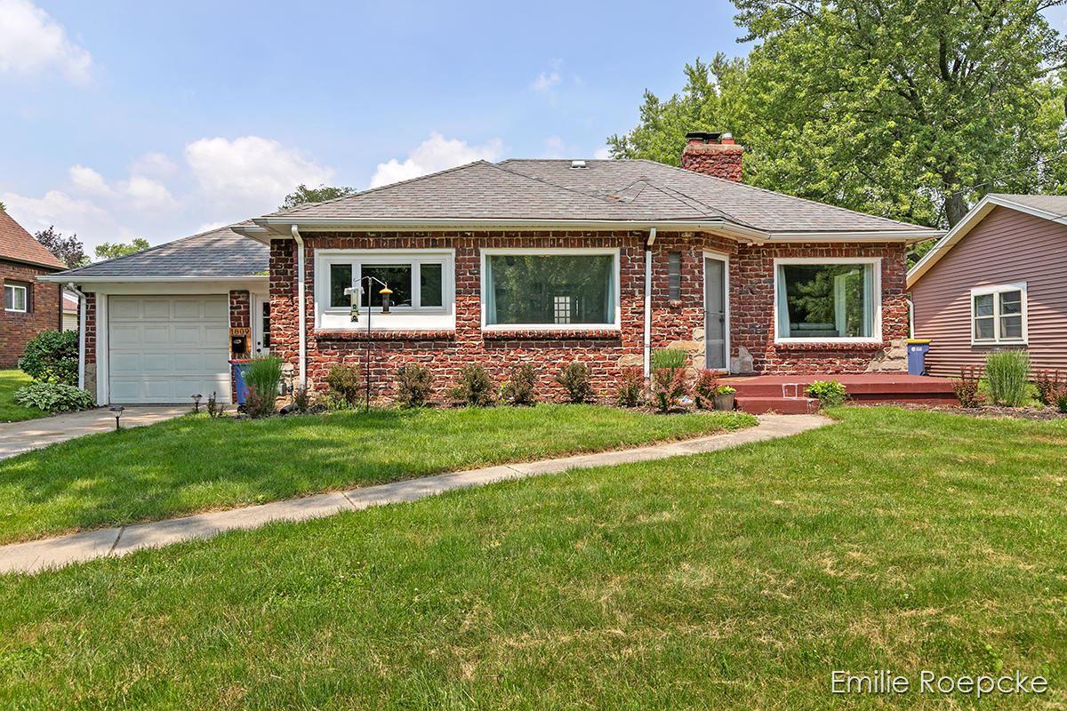 1809 Leonard Street NW, Grand Rapids, MI 49504 - MLS#: 21094688
