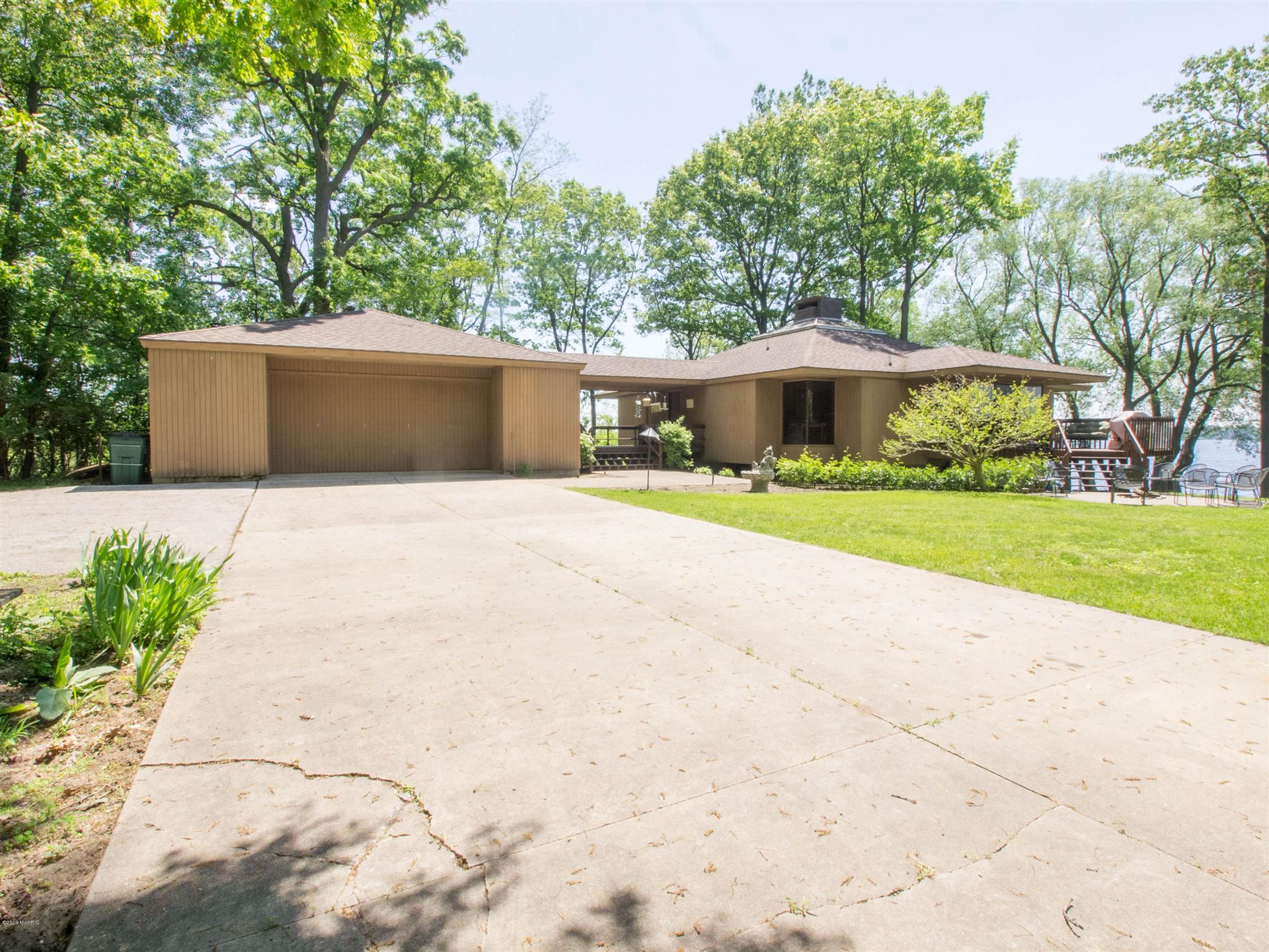 300 E Circle Drive, Muskegon, MI 49445 - MLS#: 20047697