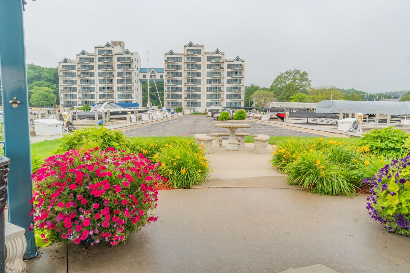 2964 Lakeshore Drive #E104, Muskegon, MI 49441 - MLS#: 21026698