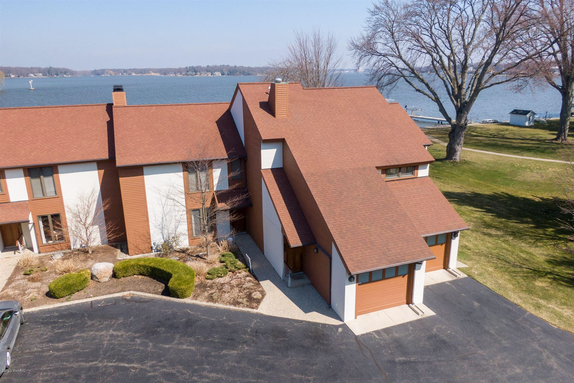 1121 South Shore Drive, Holland, MI 49423 - MLS#: 20011699