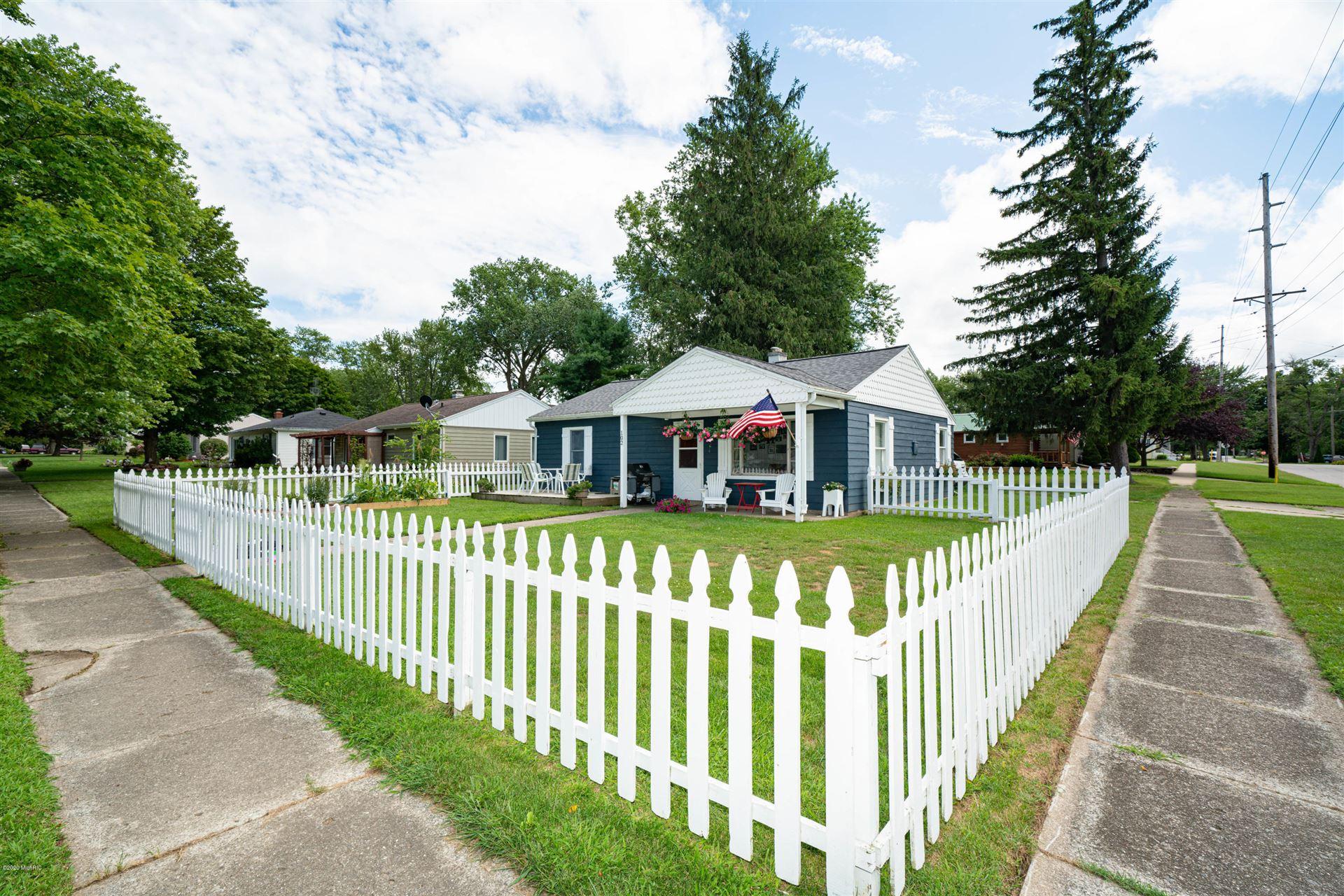 102 Buckeye Street, Three Oaks, MI 49128 - MLS#: 20031713