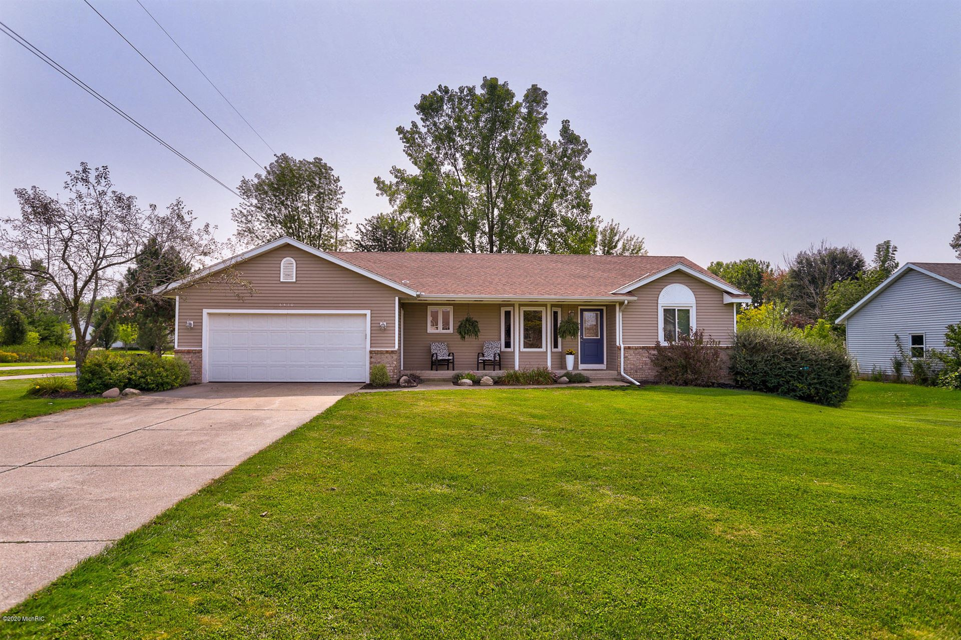 8410 S Maple Court, Zeeland, MI 49464 - MLS#: 20038716