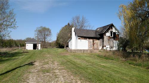 Photo of 7276 S Vickeryville Road, Sheridan, MI 48884 (MLS # 18019722)