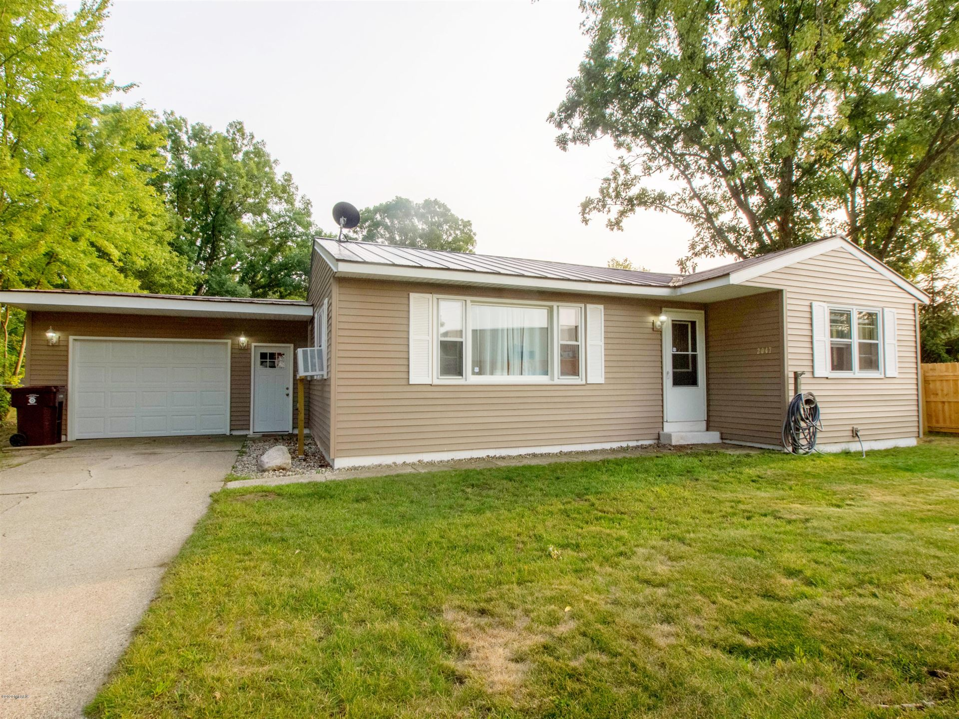 Photo of 2047 Ingram Court, Muskegon, MI 49442 (MLS # 20038722)