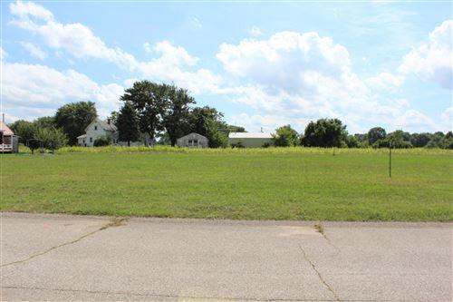 Photo of 00 Manorwood Circle Lot 16 Road, Benton Harbor, MI 49022 (MLS # 18044723)