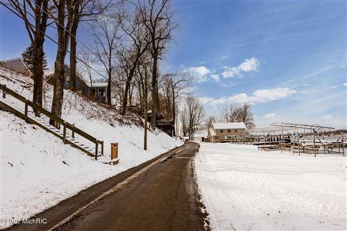 Tiny photo for 4991 Forest Park Avenue, Watervliet, MI 49098 (MLS # 21001724)