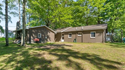 Photo of 11240 Oak St, Evart, MI 49631 (MLS # 21106733)