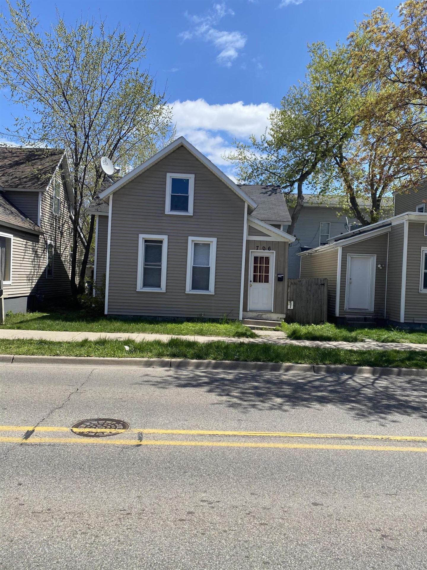 706 Alpine Avenue NW, Grand Rapids, MI 49504 - MLS#: 21014736
