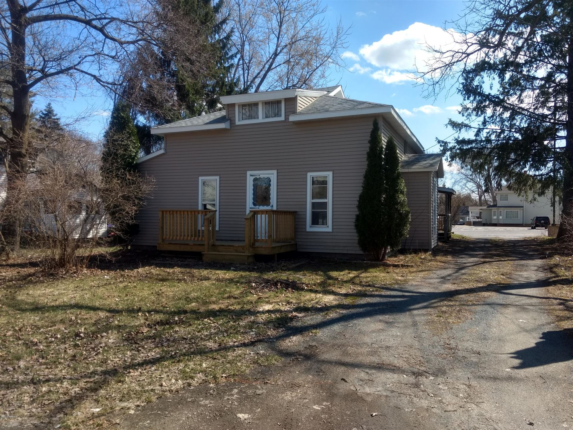 306 E Broadway, Scottville, MI 49454 - MLS#: 19014741
