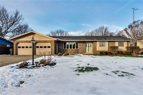 Photo of 4210 Denton Drive, St. Joseph, MI 49085 (MLS # 21001748)