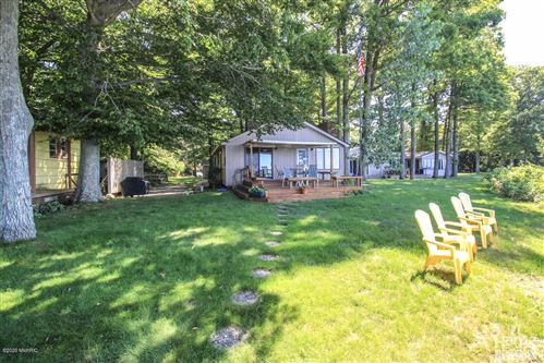 Photo of 2563 N Scenic Drive, Muskegon, MI 49445 (MLS # 20019755)