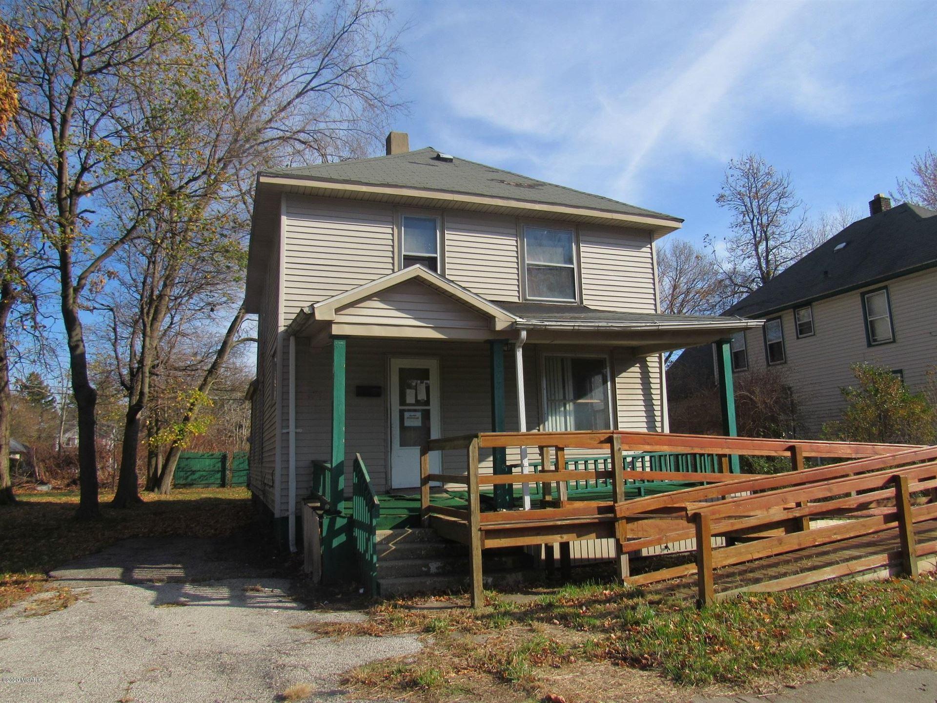 677 Pavone Street, Benton Harbor, MI 49022 - MLS#: 20047761