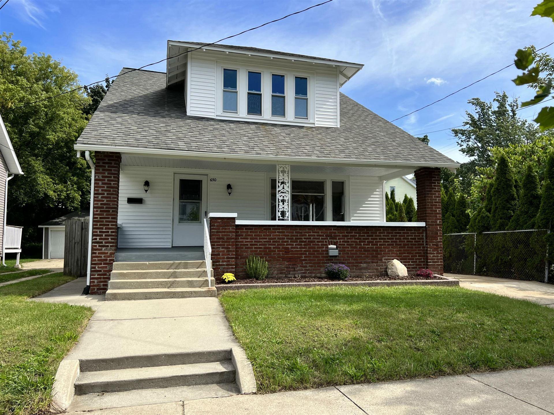 650 Lincoln Avenue NW, Grand Rapids, MI 49504 - MLS#: 21107763