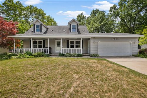 Photo of 14246 Sunview Drive, Holland, MI 49424 (MLS # 21021764)