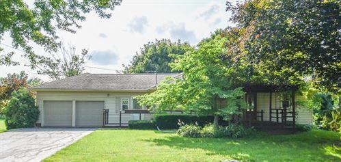 Photo of 5620 S Hillsdale Road, Hillsdale, MI 49242 (MLS # 21094774)