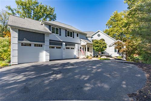 Photo of 3504 Earle Avenue SW, Grandville, MI 49418 (MLS # 20042783)