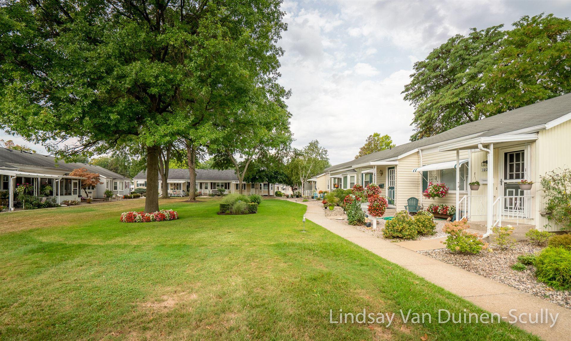 1025 Village Lane, Jenison, MI 49428 - MLS#: 21105783