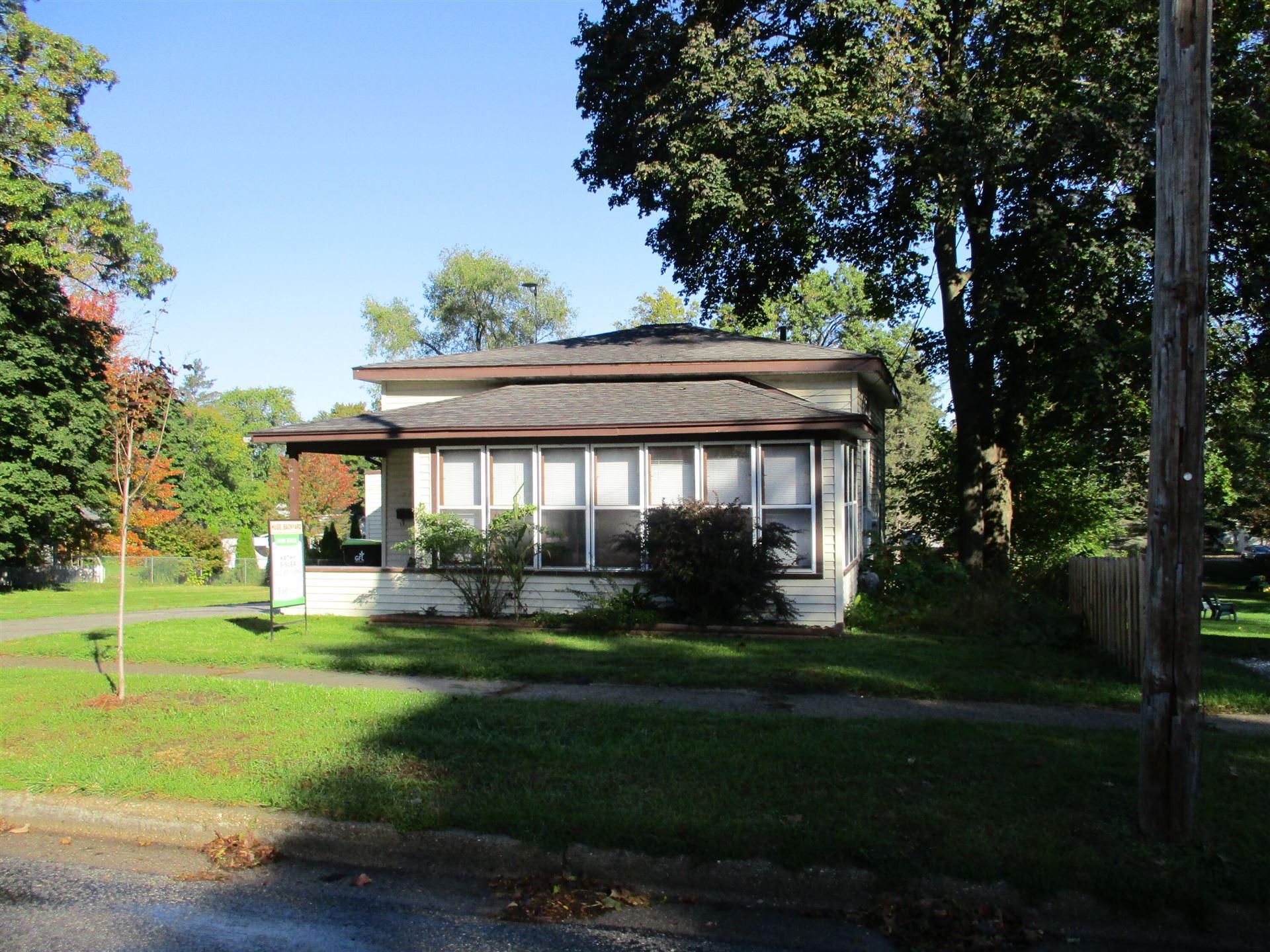 614 W Grove Street, Greenville, MI 48838 - MLS#: 21111785
