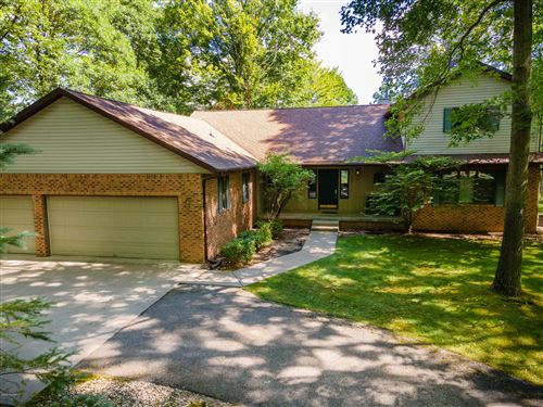 Photo of 9534 Sunset Drive, Canadian Lakes, MI 49346 (MLS # 20029786)
