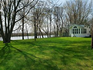Photo of 9070 Lake Forest Drive, Coopersville, MI 49404 (MLS # 18054792)